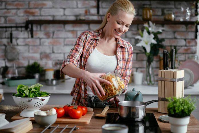 Co je DASH dieta což jsou její zásady zkušenosti s ní jaký je jídelníček a jaké má výsledky