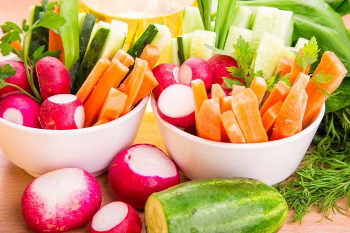 Jaké efekty má Raw dieta jak pomáhá na hubnutí a z čeho je složen jídelníček