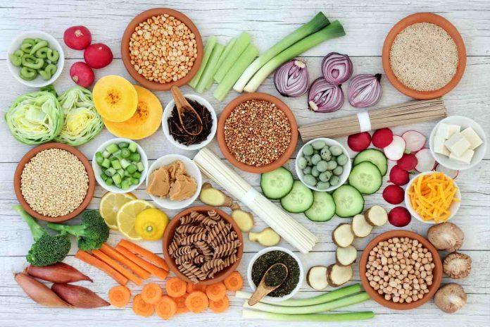 Co je nízkosacharidová dieta, co jíst, jak začít, rizika a negativa a zkušenosti s ní