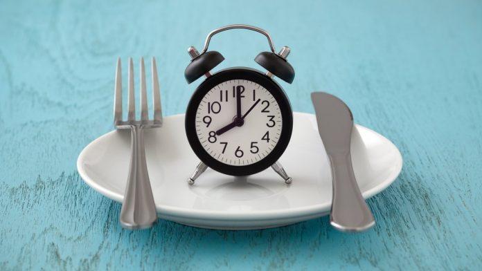 Jaké účinky na hubnutí má hladovění a hladovka a zkušenosti, kolik s ní zhubnu