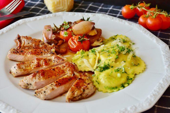 Jíst či nejíst sacharidy před spaním a na večeři Doporučení, kdy jejich jíst během dne