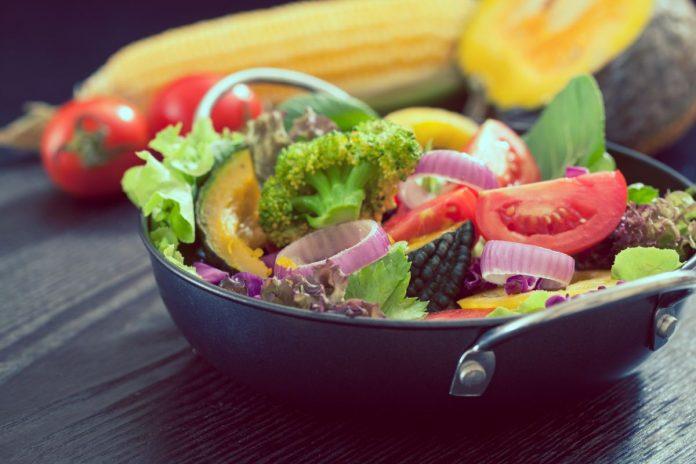 Jak a co jíst a nepřibrat - Nejde jen o jídelníček, zde je 12 tipů a ověřených rad