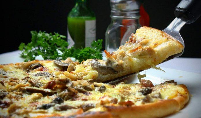 Co jsou nejvíce nezdravá jídla a potraviny a jak ovlivňuje stravování na nadváhu a obezitu