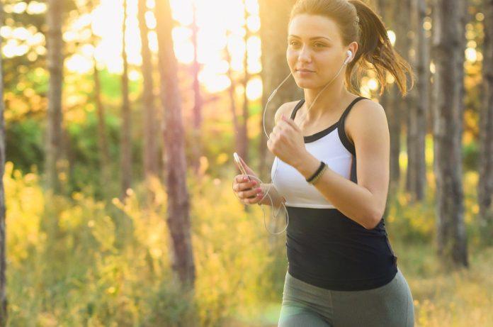 Může být hubnutí během účinné - A je lepší na běžícím pásu nebo v přírodě
